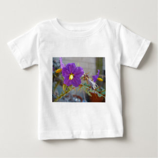 Maggie紫色のプロダクト ベビーTシャツ