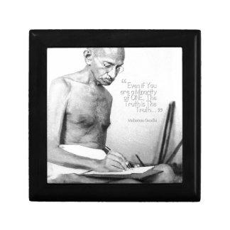 Mahatma Gandhiの引用文、少数の1つ、真実 ギフトボックス