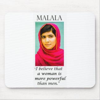 Malala: 人より強力: オフィスの声明 マウスパッド