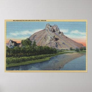 Malheurのビュート及び川、オレゴンの眺め ポスター