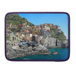 Manarola、Cinque Terreのイタリア- Macbookのプロ袖 MacBook Proスリーブ