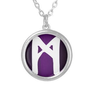 MannazのRuneのネックレス シルバープレートネックレス