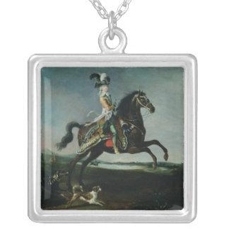 Marieアントワネットの乗馬のポートレート シルバープレートネックレス
