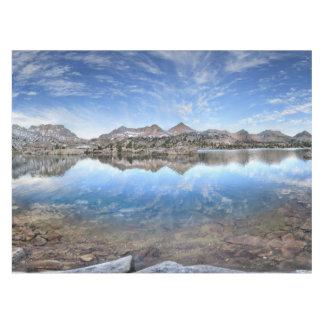Marie湖-ジョンMuirの道 テーブルクロス