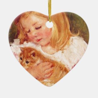 Marie Cassatt著彼女の子ネコを握っているサラ セラミックオーナメント