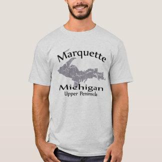 Marquetteミシガン州の地図のデザインのTシャツ Tシャツ