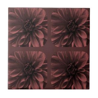 Marsalaのコラージュのダリアの花模様 タイル