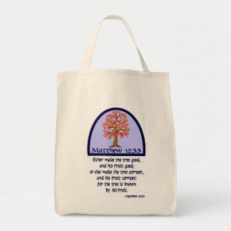 MATTHEWの12:33 -木のために…彼のフルーツによって知られています トートバッグ