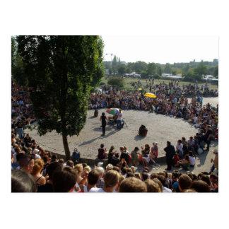 Mauerparkベルリンのカラオケのイベント ポストカード