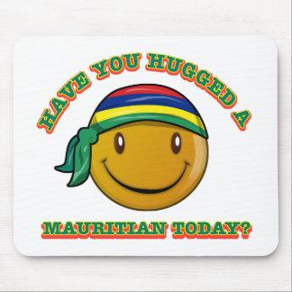 Mauritianを今日抱き締めましたか。 マウスパッド