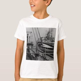 MayflowerのTeddy Roosevelt Tシャツ