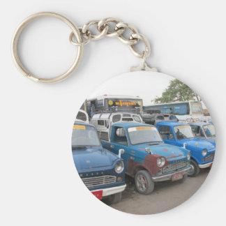 Mazdasの古く青いタクシー キーホルダー