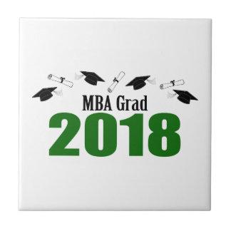 MBAの卒業生2018の帽子および免状(緑) タイル