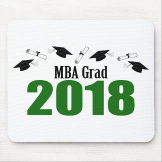 MBAの卒業生2018の帽子および免状(緑) マウスパッド