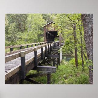 McKeeの屋根付橋、ジャクソンビル、オレゴン ポスター