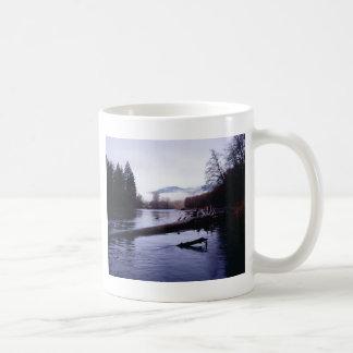 """McKenzie霧"" コーヒーマグカップ"