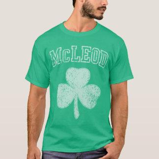McLeodのアイルランド人のシャムロック Tシャツ