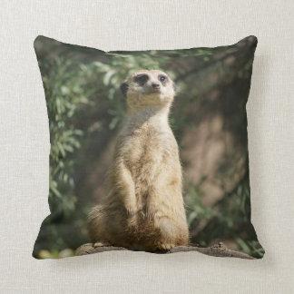 Meerkatのかわいい装飾用クッション クッション