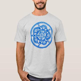 Megaflora著ユニセックスで青い曼荼羅のTシャツ Tシャツ