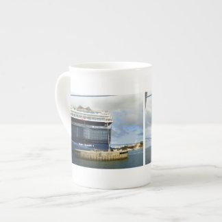 Meinシッフ1の船尾 ボーンチャイナカップ