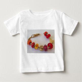 MelinaWorldの宝石類による愛の鎖 ベビーTシャツ