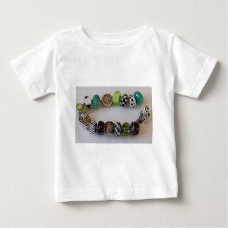 MelinaWorldの宝石類による青い鎖 ベビーTシャツ