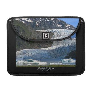 Mendenhallの氷河/ジュノーアラスカ MacBook Proスリーブ