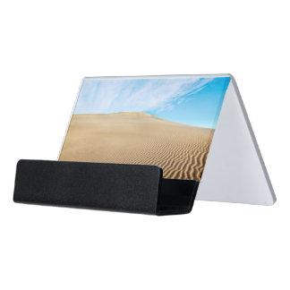 Mesquiteの平たい箱の砂丘 デスク名刺ホルダー