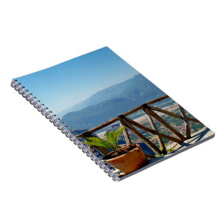 Meteoraギリシャのバルコニーのノート ノートブック
