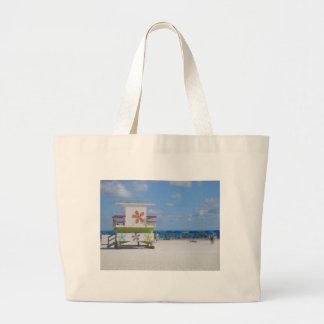 Miami Beachのライフガードの場所 ラージトートバッグ