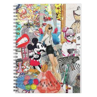 Mickeyおよび若い女性 ノートブック