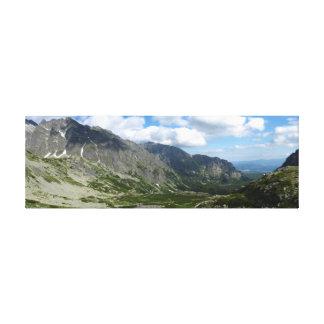 Mieguszowieckaの谷、高いTatras キャンバスプリント
