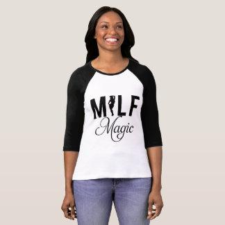 Milfの魔法 Tシャツ
