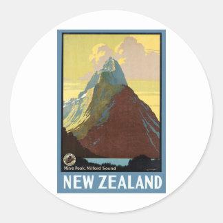 Milford Soundニュージーランド山 ラウンドシール