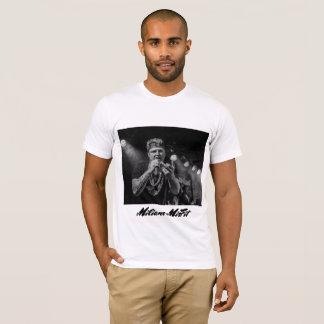 Milianoの不適当な物のTシャツ Tシャツ