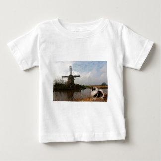 Millscapeの服装 ベビーTシャツ