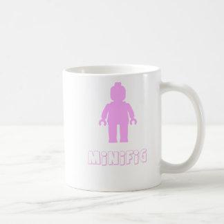 Minifigは[淡いピンクの]私のMinifigをカスタマイズ コーヒーマグカップ