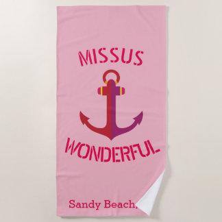 Missusのすばらしいピンクのいかりの航海のなテーマ ビーチタオル