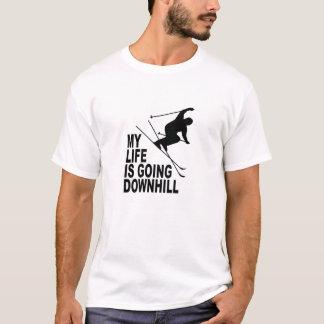 MLIGD -スキーヤー-白いワイシャツ-黒いデザイン Tシャツ