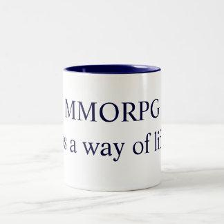MMORPGそれは生き方です! Cheの学部長によるデザイン ツートーンマグカップ