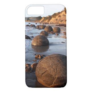 Moerakiの大きい石ニュージーランド iPhone 8/7ケース
