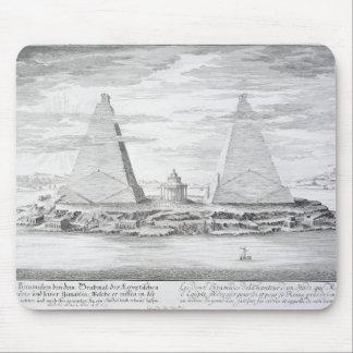 Moerisの王およびエジプトの彼のの2つのピラミッド マウスパッド