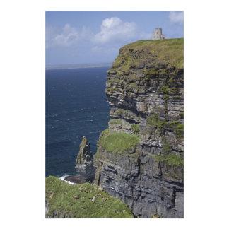 MoherおよびO'Brienのタワーの景色の崖 フォトプリント