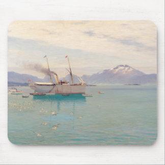 Molde 1892年の夏の朝 マウスパッド