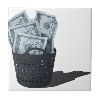 MoneyInLaundryBasket070315.png タイル