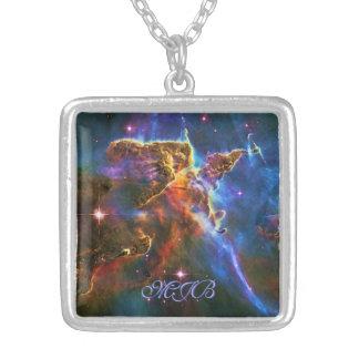 Monongramの神秘的な山-カリーナの星雲 シルバープレートネックレス