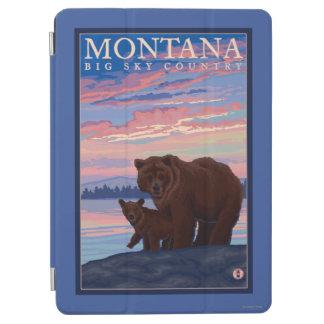MontanaMommaくまおよびカブスのヴィンテージ旅行 iPad Air カバー