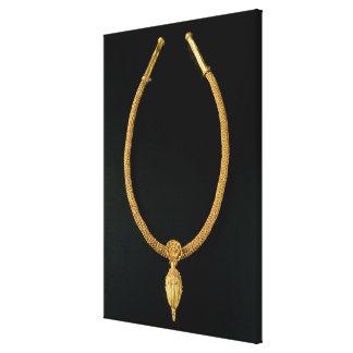 Monteルナからのドングリのペンダントが付いている金ゴールドのネックレス キャンバスプリント