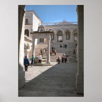 Montecassinoの大修道院の入口 ポスター