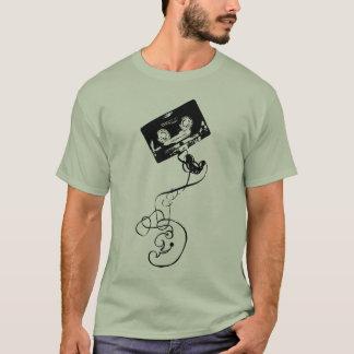 Mooneyのカセット Tシャツ